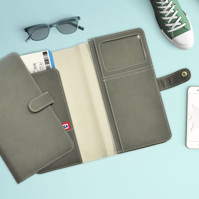 Family Travel Wallet 00