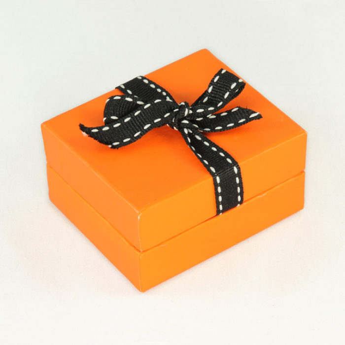 Package box B 01